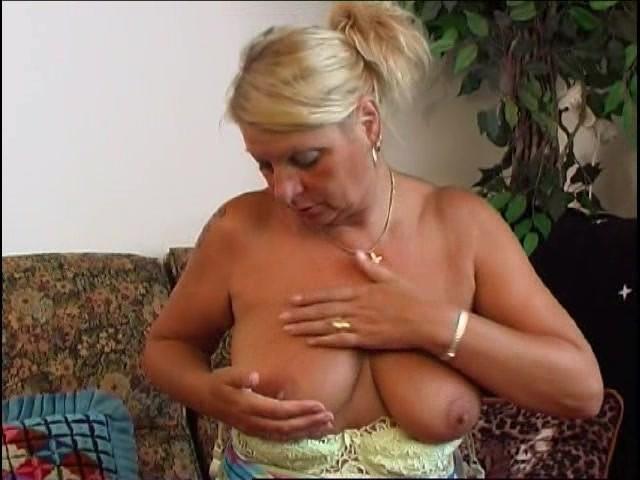 Hairy Granny Masturbation Hd